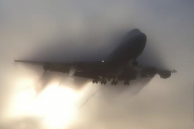 Mii de zboruri au fost anulate �n SUA din cauza vremii nefavorabile