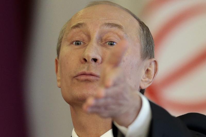 Vladimir Putin compara extinderea NATO cu ridicarea unui nou Zid al Berlinului
