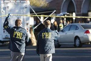 Cei doi români şi italianul arestaţi în Muntenegru au fost inculpaţi pentru terorism în SUA