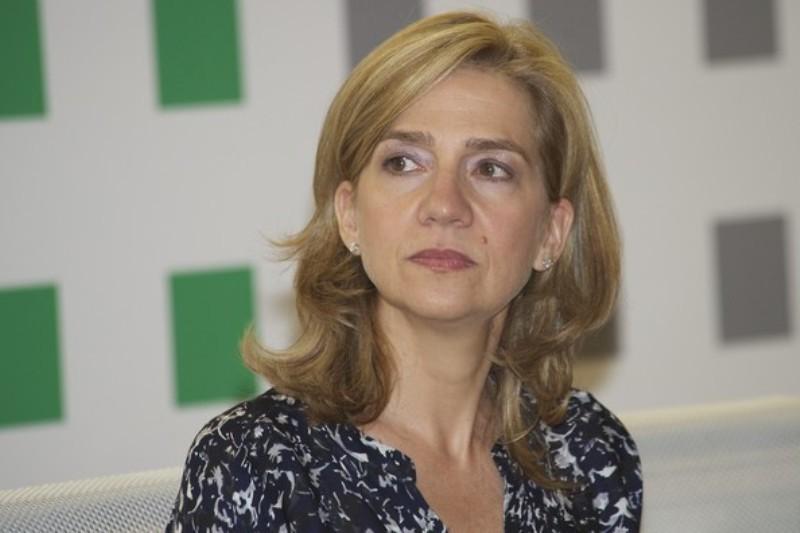 Premiera pentru familia regala spaniola: Infanta Cristina, trimisa �n fata unui tribunal
