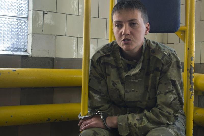 Diplomati si personalitati au facut apel la eliberarea pilotului de elicopter ucrainean aflat �n greva foamei
