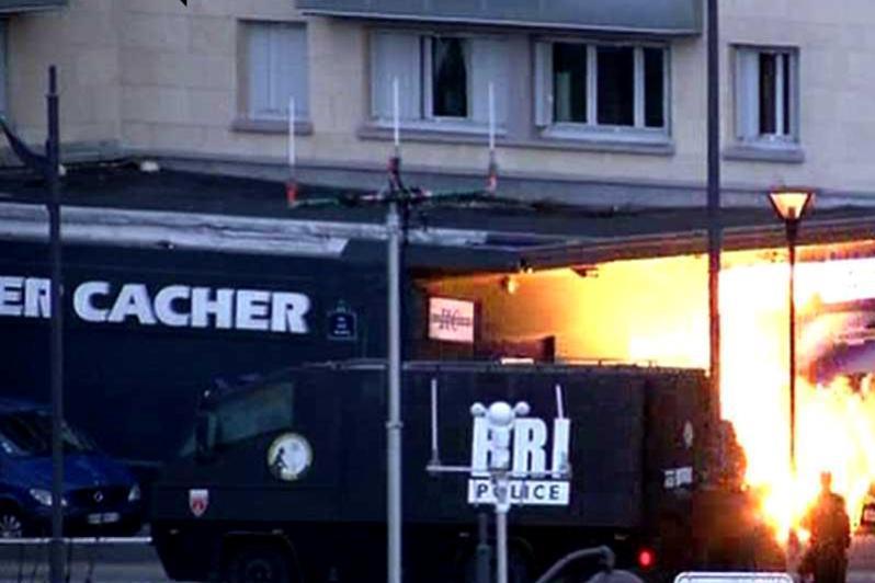 Incertitudine �n privinta ostaticilor morti �n asaltul de la Paris. Imagini din momentul interventie politiei