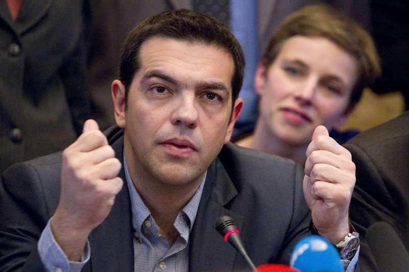 Guvernul Greciei a făcut primul PAS din planul de restructurare a datoriilor ţării �n ciuda avertismentelor Germaniei
