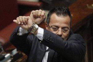 """Europarlamentarul Siegfried Mureşan cere sancţionarea colegului italian care a spus că """"nu dă doi bani pe sinuciderea"""" unui deţinut român"""