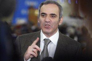 """Kasparov, şah mat la Putin: """"Crede că totul este posibil, că poate face orice. Dacă ai 86% sprijin, de ce l-ai ucide pe Boris Nemţov?"""""""
