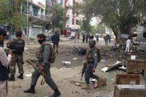 33 de morţi şi 100 de răniţi în Afganistan, în urma unui atentat sinucigaş
