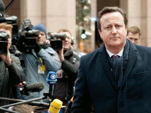 David Cameron anunţă noi măsuri pentru combaterea imigraţiei ilegale, după ce migraţia a atins cel mai ridicat nivel din ultimii 20 de ani