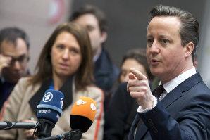 David Cameron anunţă îngheţarea salariilor miniştrilor pentru următorii cinci ani. Sumele uriaşe pe care le primesc membrii guvernului