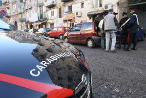 Menajeră româncă, arestată în Italia pentru maltratarea unei bătrâne, care este în stare critică