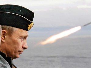 """Cum """"sărbătoreşte"""" Putin ziua naţională a SUA. Mesajul preşedintelui rus pentru Obama"""