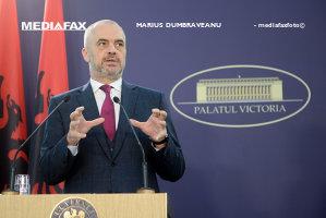 """Premierul Albaniei ar vrea şi el un DNA la Tirana, dar are o MARE DILEMĂ: """"Eu nu înţeleg. Cu atâtea arestări pentru corupţie, românii tot mai iau mită?"""""""