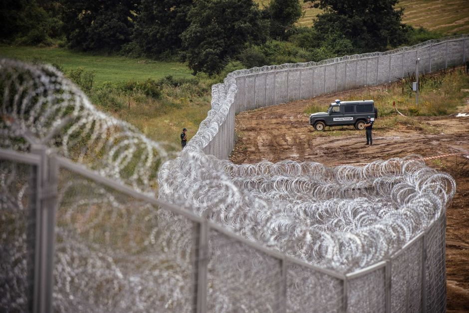 Ungaria a anunţat cum va fi gardul de la frontiera cu Serbia