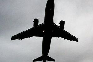 ALERTĂ de tip terorist. Un avion de pasageri britanic a fost redirecţionat spre Canada