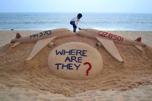 Malaysia cere ajutor pentru extinderea zonei de căutare a fragmentelor din epava zborului MH370