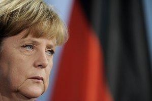 Angela Merkel îndeamnă Europa să găsească un răspuns comun la criza refugiaţilor