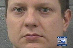 Un poliţişt alb din Chicago este acuzat de crimă, după uciderea unui tânăr de culoare