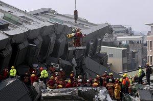 Cutremurul din Taiwan: numărul morţilor aproape s-a dublat de la ultimul bilanţ
