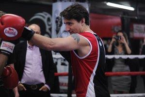 Premierul Canadei, aşa cum nu ţi-ai închipui să vezi un politician. GALERIE FOTO