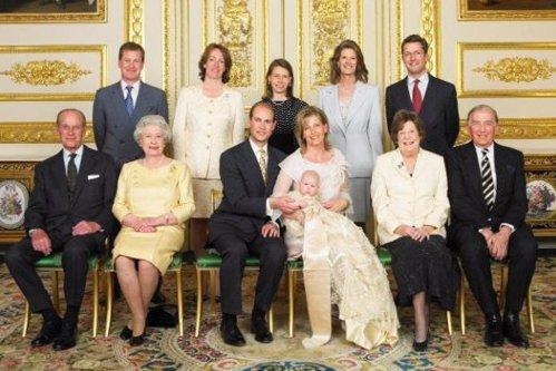 Un membru al Casei Regale Britanice recunoaşte că este gay