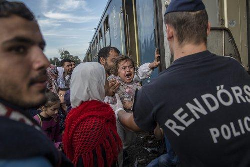 Ungaria, acuzaţii grave la adresa Marii Britanii în scandalul imigranţilor din UE. Reacţie dură de la Londra