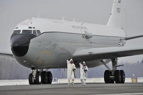 Acesta este avionul trimis de SUA pentru a-i monitoriza pe ruşi, după o descoperire alarmantă în Europa de Est