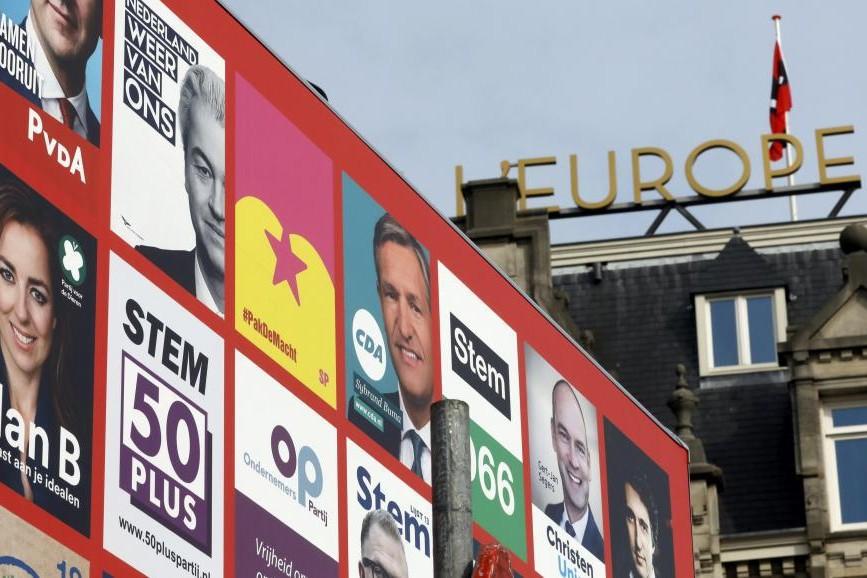 Alegerile care pot trimite Olanda în afara UE. 13 milioane de alegători decid azi dacă vor ''dezislamizarea''