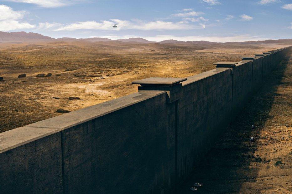 Trump a ''stabilit'' înălţimea exactă a zidului de la graniţa cu Mexicul: ''Va fi mare şi frumos''