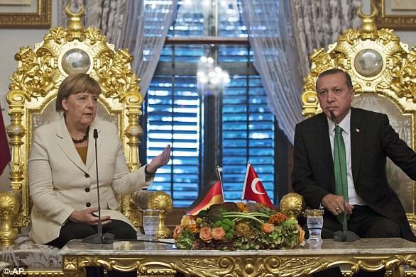 Erdogan continuă conflictul: