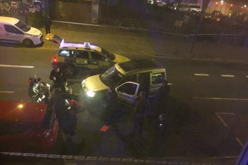 Un alt incident la Londra: o maşină a intrat într-o mulţime de oameni. Ce au găsit poliţiştii în autovehicul. VIDEO