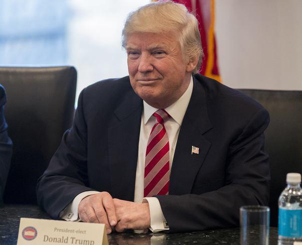 """Ce """"efect"""" crede Trump că va avea atentatul de la Paris asupra alegerilor prezidenţiale de duminică din Franţa"""
