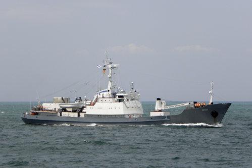 O navă-spion a Rusiei, scufundată de un cargo plin cu oi din România