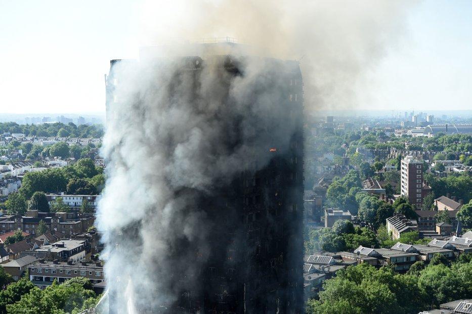Bilanţul incendiului devastator de la Londra a ajuns la 79 de morţi