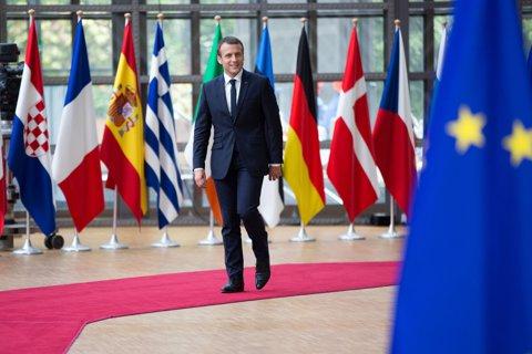 """Prima ciocnire diplomatică a lui Emmanuel Macron. Patru ţări din UE se declară """"INSULTATE"""" de declaraţiile noului preşedinte al Franţei"""