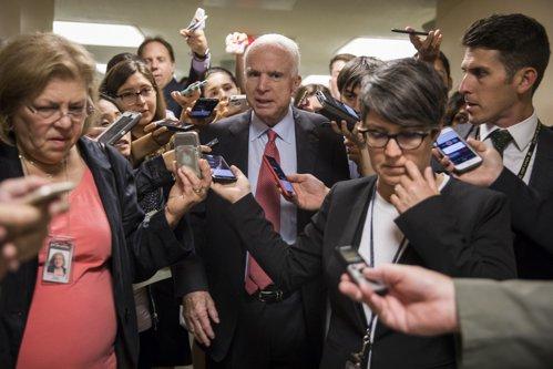 Influentul senator american John McCain, diagnosticat cu cancer cerebral