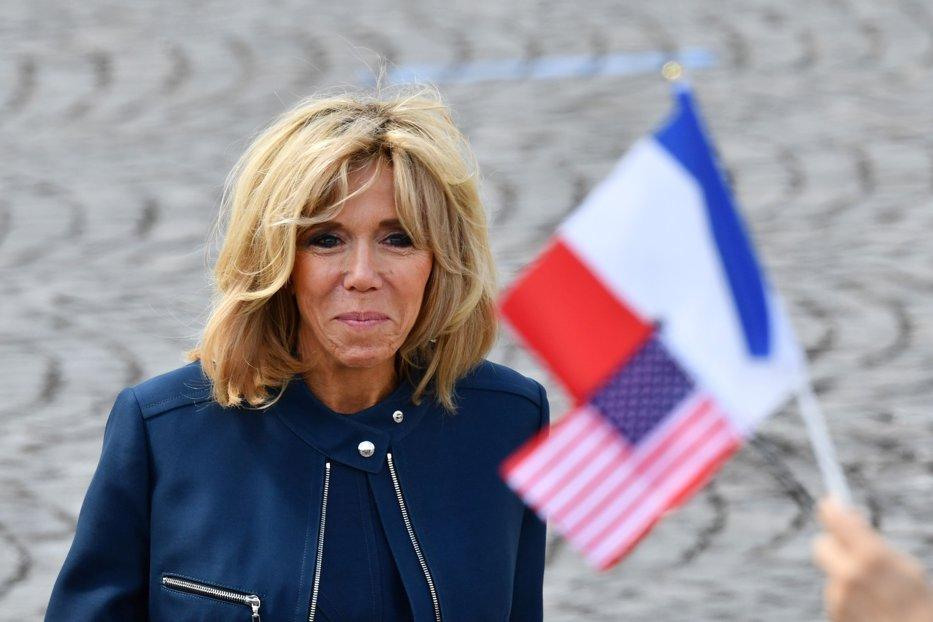 """Scandal în Franţa din cauza lui Brigitte Macron: Nu putem să susţinem iniţiativa unei """"statui"""