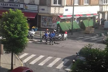 Vehicul suspect, oprit cu focuri de armă de poliţie, în Bruxelles. Sute de persoane, evacuate