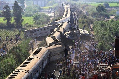 FOTO cu gestul revoltător al unor medici, după accidentul de tren în care au murit peste 40 de oameni. Au fost pedepsiţi imediat