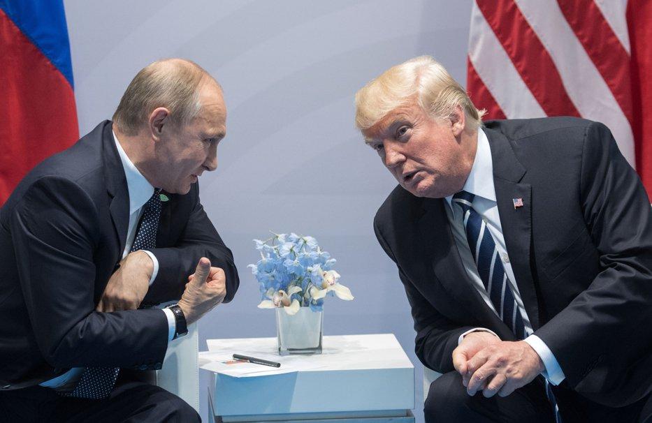 RAPORT FACEBOOK: Cum a făcut Rusia propagandă online în campania electorală din SUA. Sume cheltuite şi sute de conturi fictive