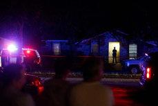 Tragedie în SUA: Cel puţin şapte persoane, împuşcate mortal într-o suburbie din Dallas. Oamenii se uitau la un meci de NFL