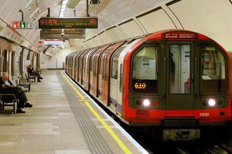 Primele imagini cu cel de-al doilea suspect arestat în legătură cu atentatul de la metroul din Londra