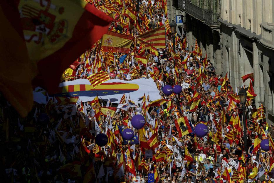 Cel mai important om din Barcelona este împotriva unei eventuale declaraţii de independenţă a Cataloniei