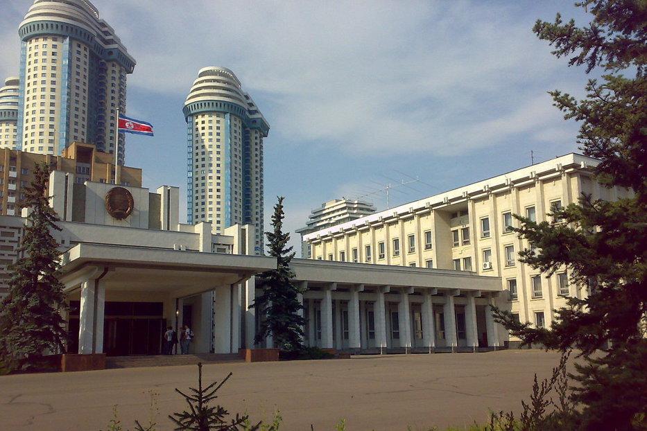 Phenianul, disperat să stabilească o relaţie specială cu Rusia. Mesaj tranşant al ambasadorului nord-coreean