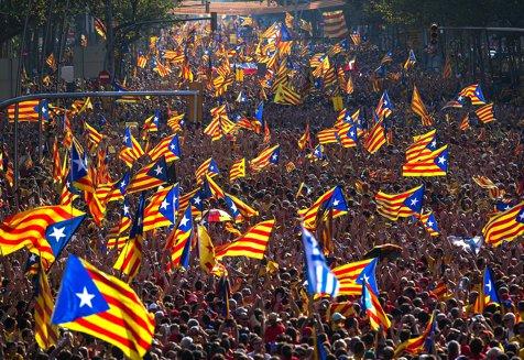 Guvernul Spaniei dă un nou termen Cataloniei să renunţe la proclamarea independenţei