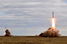 Rusia a testat o rachetă cu potenţial nuclear pentru a contracara scutul anti-rachetă de la Deveselu