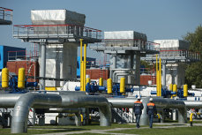 Putin dezvăluie planul lui Trump:  Vrea să scoată Rusia de pe piaţa energetică a Europei ca să vândă gaz american mai scump