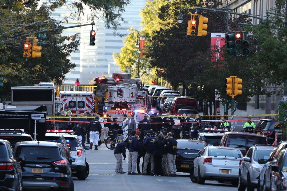 Atac terorist la New York: opt morţi şi 11 răniţi. Momentul când atacatorul este capturat. UPDATE VIDEO