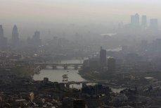 Alertă OMS pentru Marea Britanie: aerul din 44 de oraşe este prea periculos pentru a fi respirat. Situaţie dramatică în Londra, Glasgow sau Birmingham. Peste 40.000 de oameni mor în fiecare an
