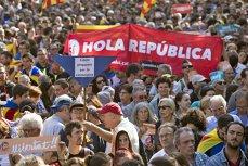 Mii de separatişti au protestat în Spania, faţă de arestarea miniştrilor din fostul guvern catalan