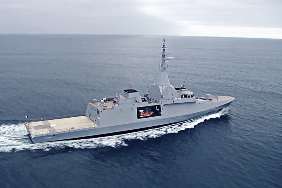 Franţa vinde nave militare de jumătate de miliard de euro Emiratelor Arabe Unite, după o vizită a lui Macron la Abu Dhabi