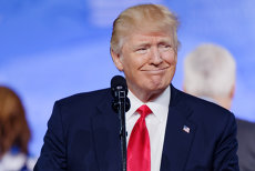 """Trump: """"Escroaca Hillary Clinton este cea mai mare ratată din toate timpurile"""""""
